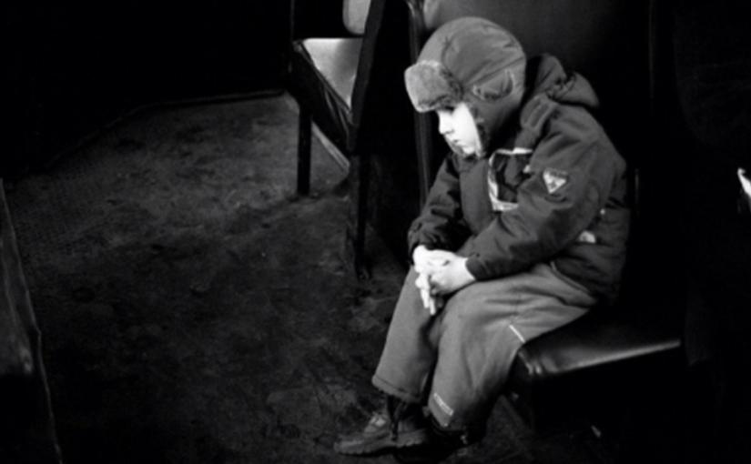 «Может мне умереть, бабушка?» — Ребёнок сказал это тихо, в полголоса, но бабушка, которая разговаривала по телефону…