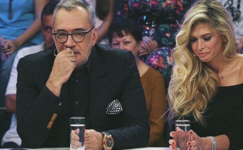 """""""Похожи на папу с дочкой"""": Меладзе раскритиковали из-за новогоднего портрета с Брежневой"""